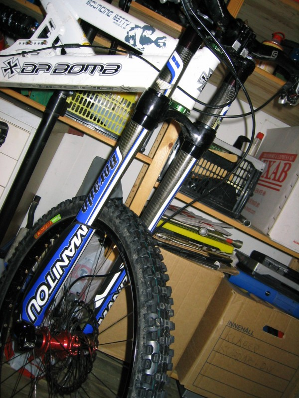 Dorado 05 exposedservice manual ridemonkey forums my technique has worked fine for me and ive actually managed to repair the fork from childhood damage caused by previous owner sciox Choice Image